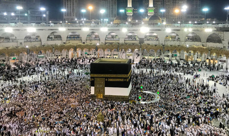 Dhul Hijja 2019 Calendrier.Muslims Celebrate The Holy Month Of Dhul Hijja Muslim